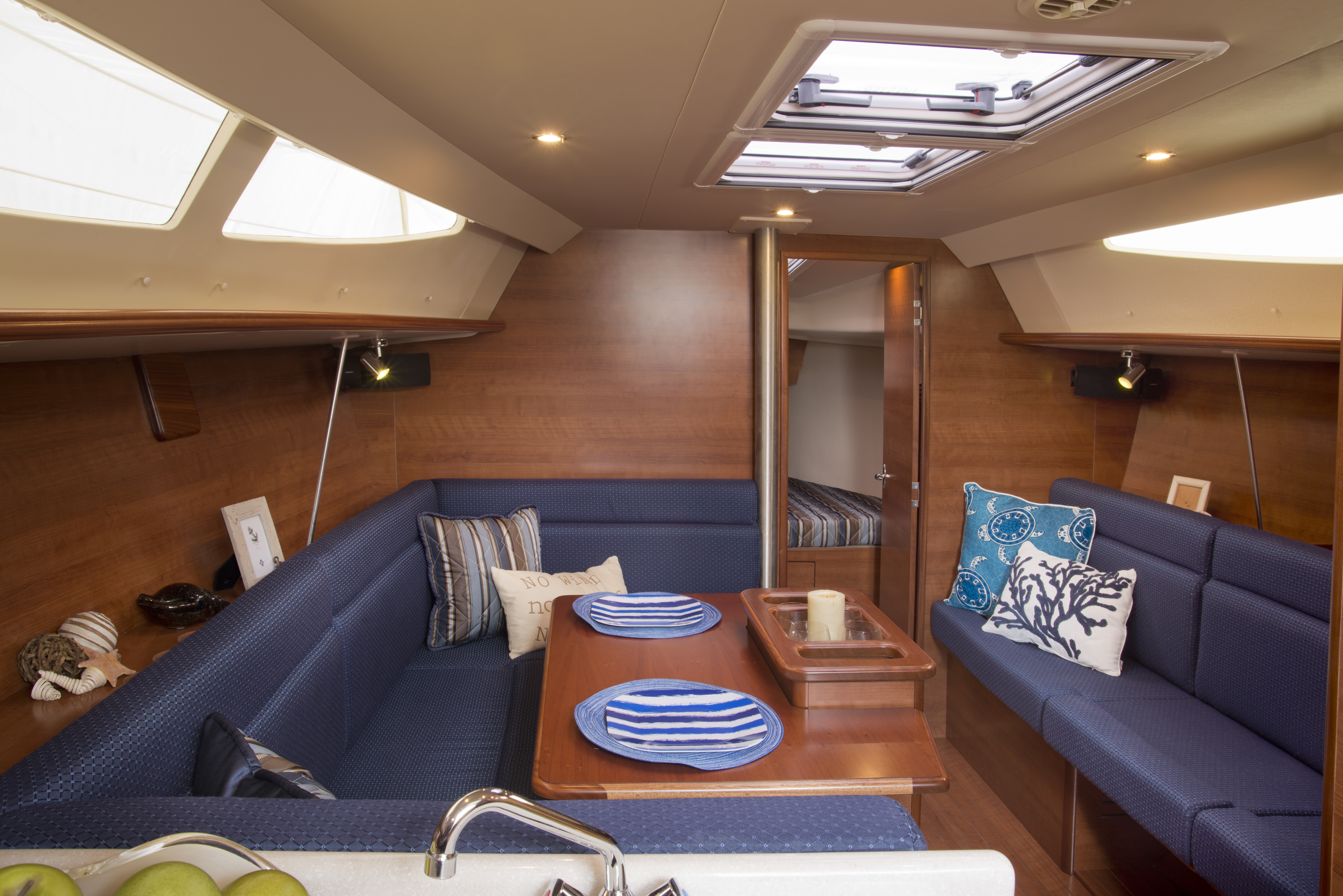 The 33 – Compact Cruiser of the Year! | Marlow-Hunter, LLC