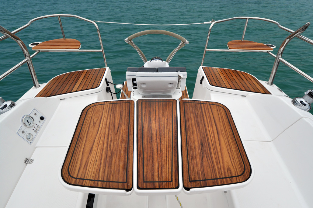 The 33 Compact Cruiser Of The Year Marlow Hunter Llc